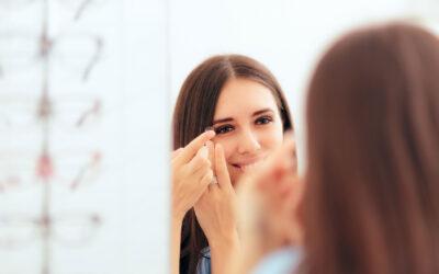 Das Tragen von Kontaktlinsen ist auch in Corona-Zeiten sicher